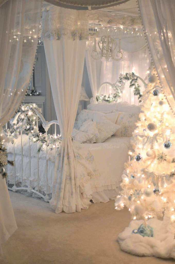 Canopy Bed Christmas Lights Decor