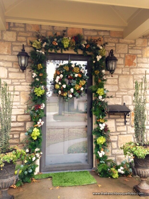 Floral Christmas wreath decoration