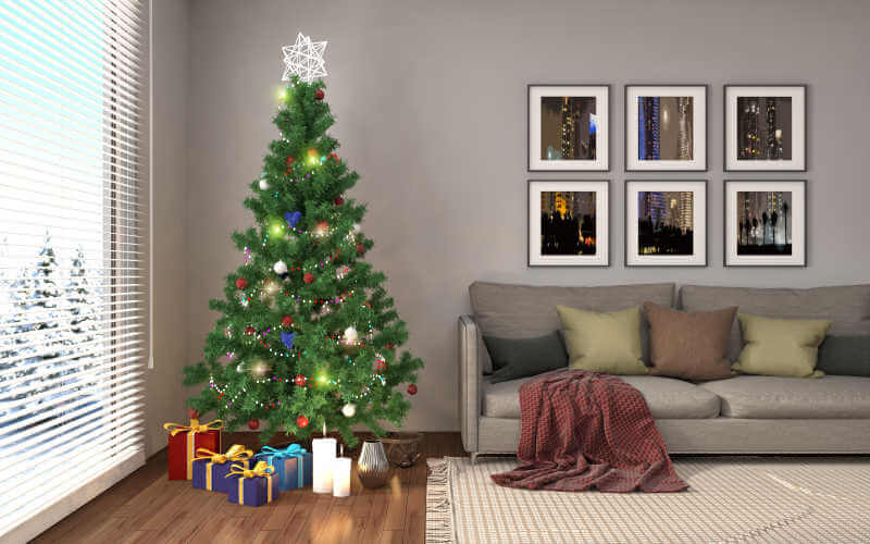 Elegant Christmas tree living room