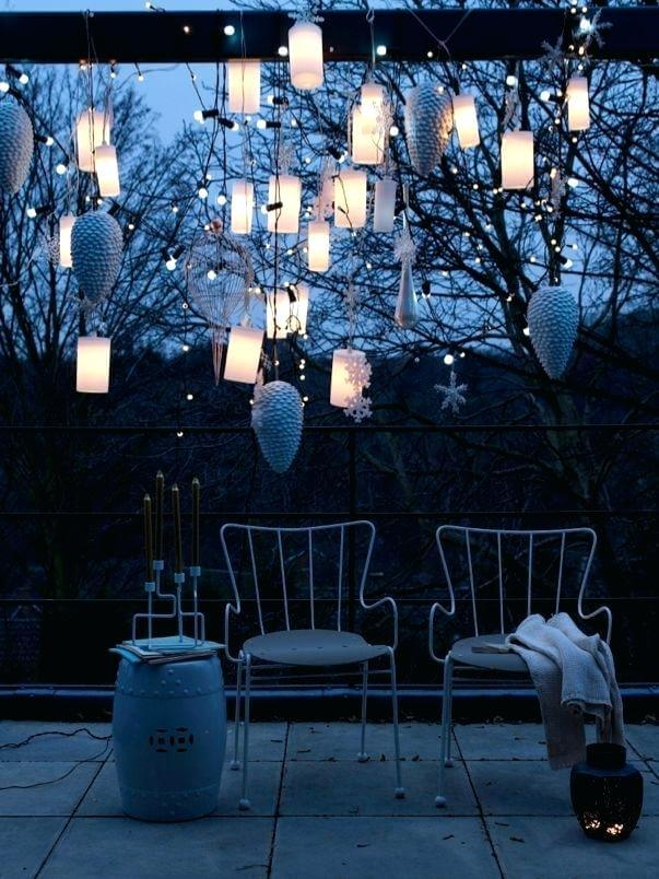 Hanging candles and snowflakes