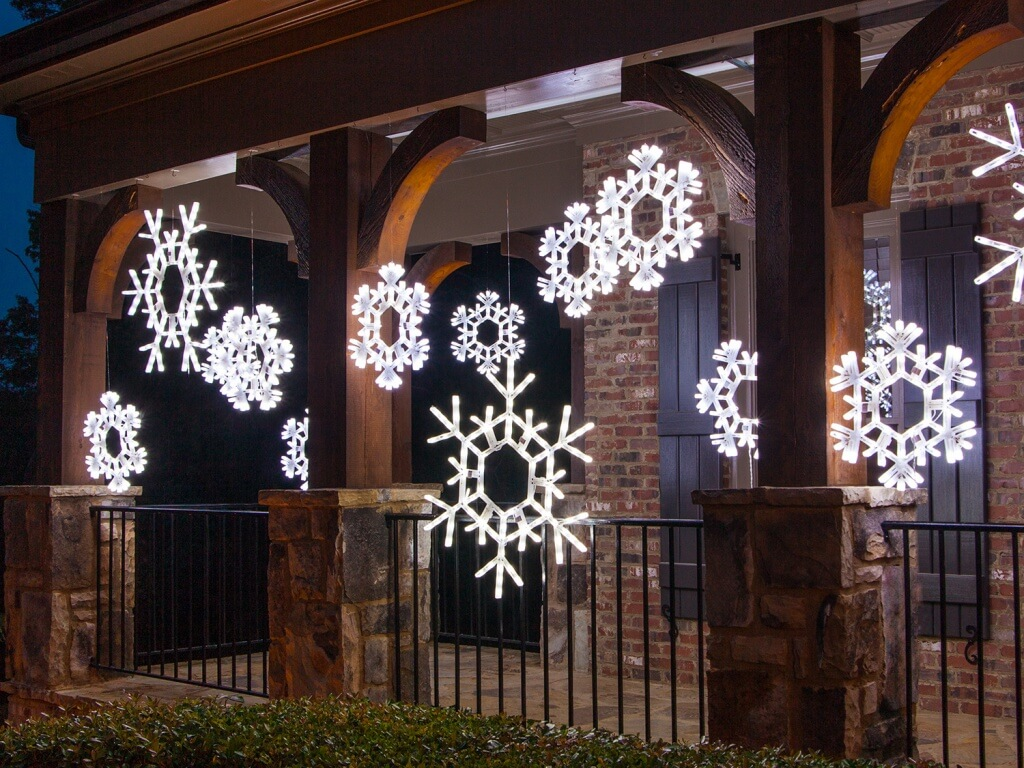 Cool White Snowflakes Decor