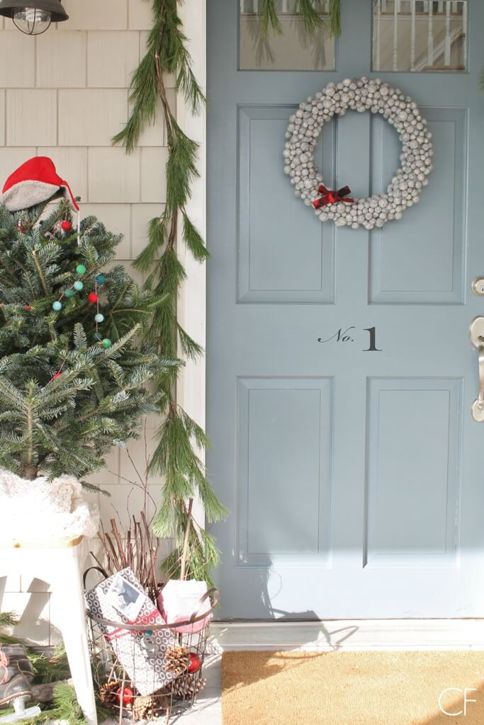 Rustic Christmas wreath decoration