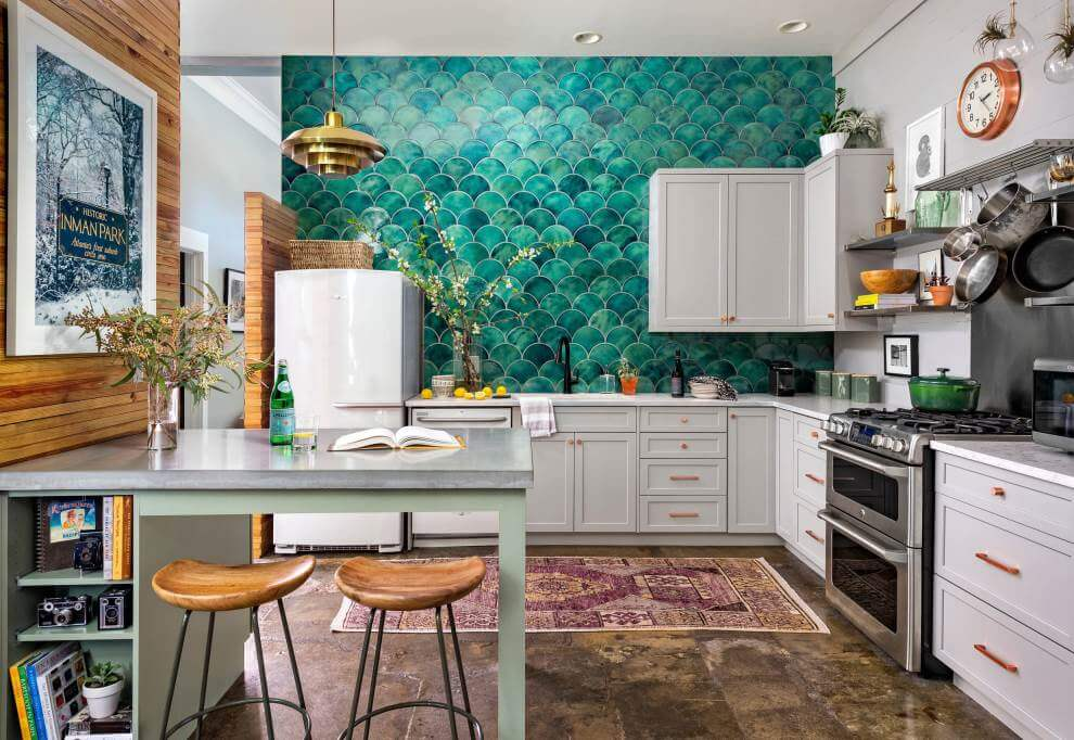 Blue-green fish scale wall tiles