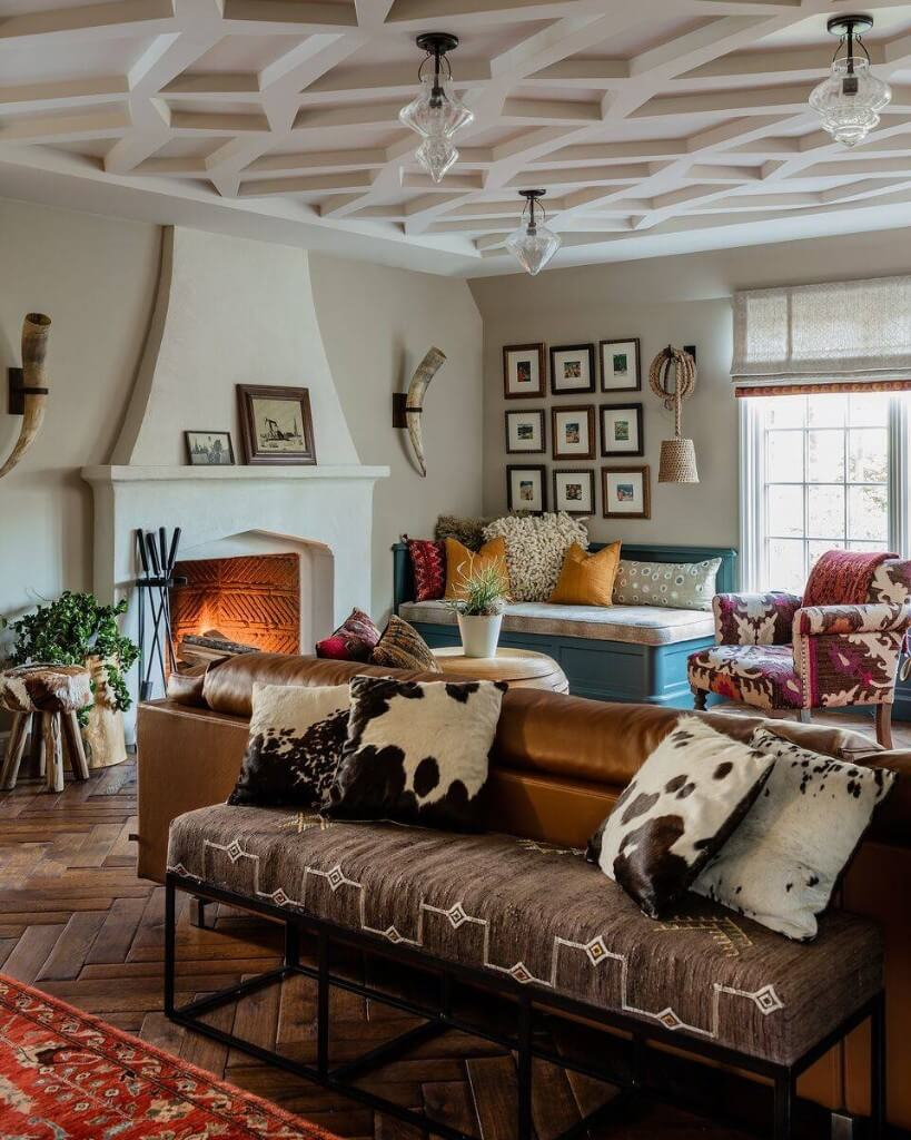 patterned ceiling eclectic living room