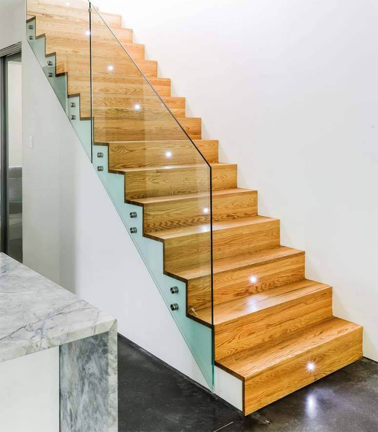 Recessed lighting on alternative steps