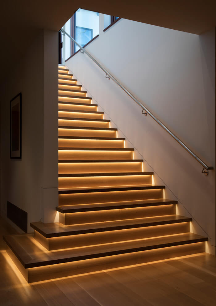 Classic golden light for a stylish staircase