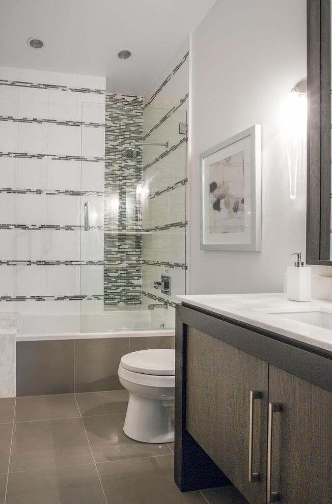 shower cubicle and vanity in the bathroom