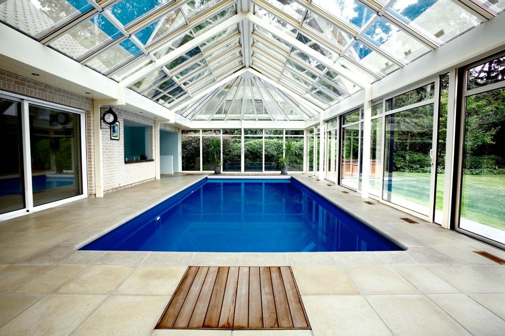 Pool with glass door and ceiling