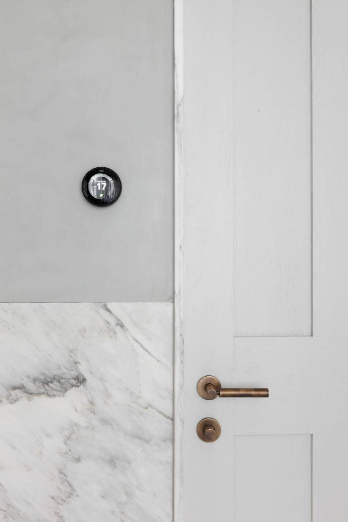 Bathroom Marble Wall