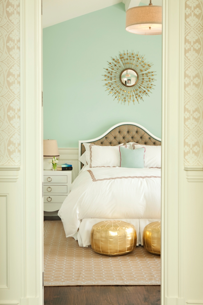 Turquoise and gold room