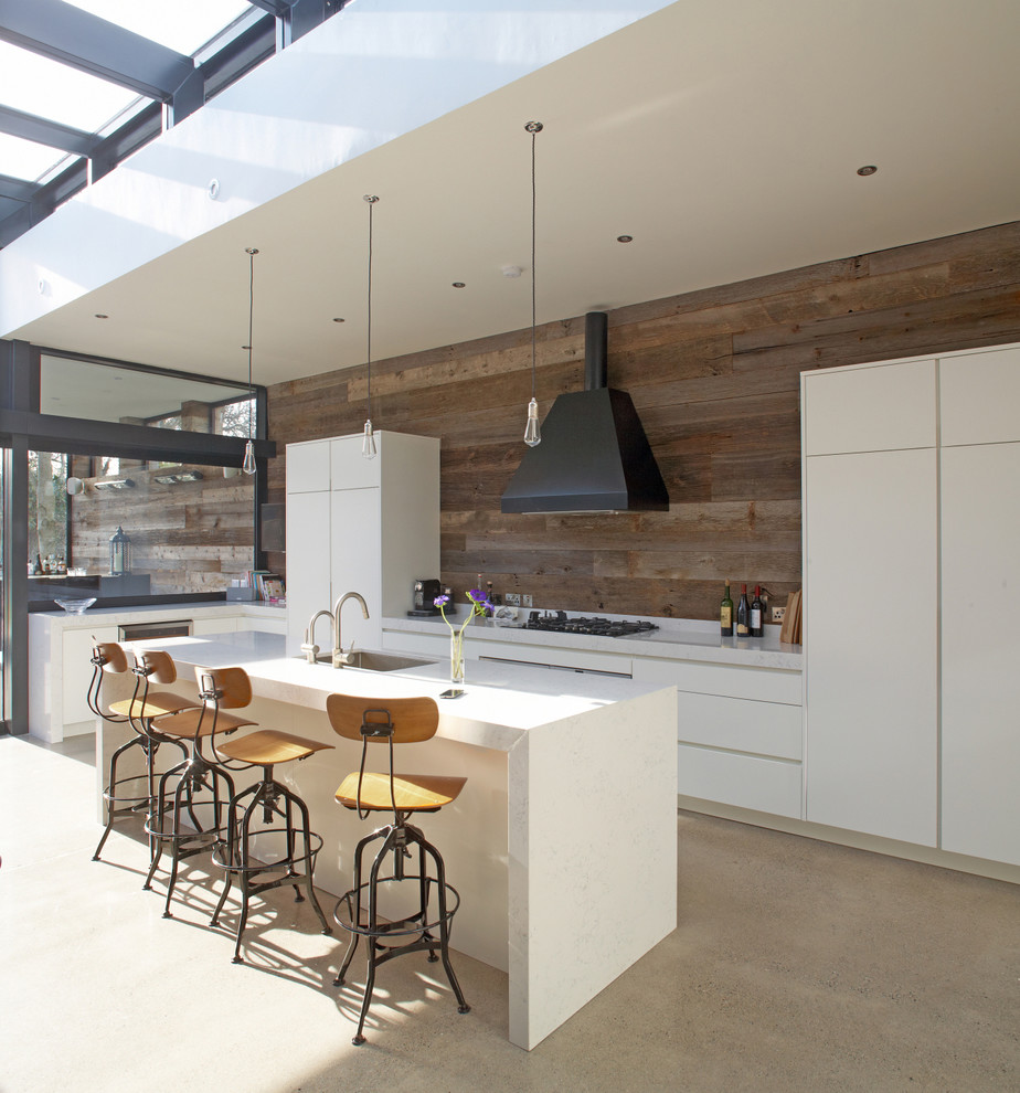 Combination of modern and industrial look