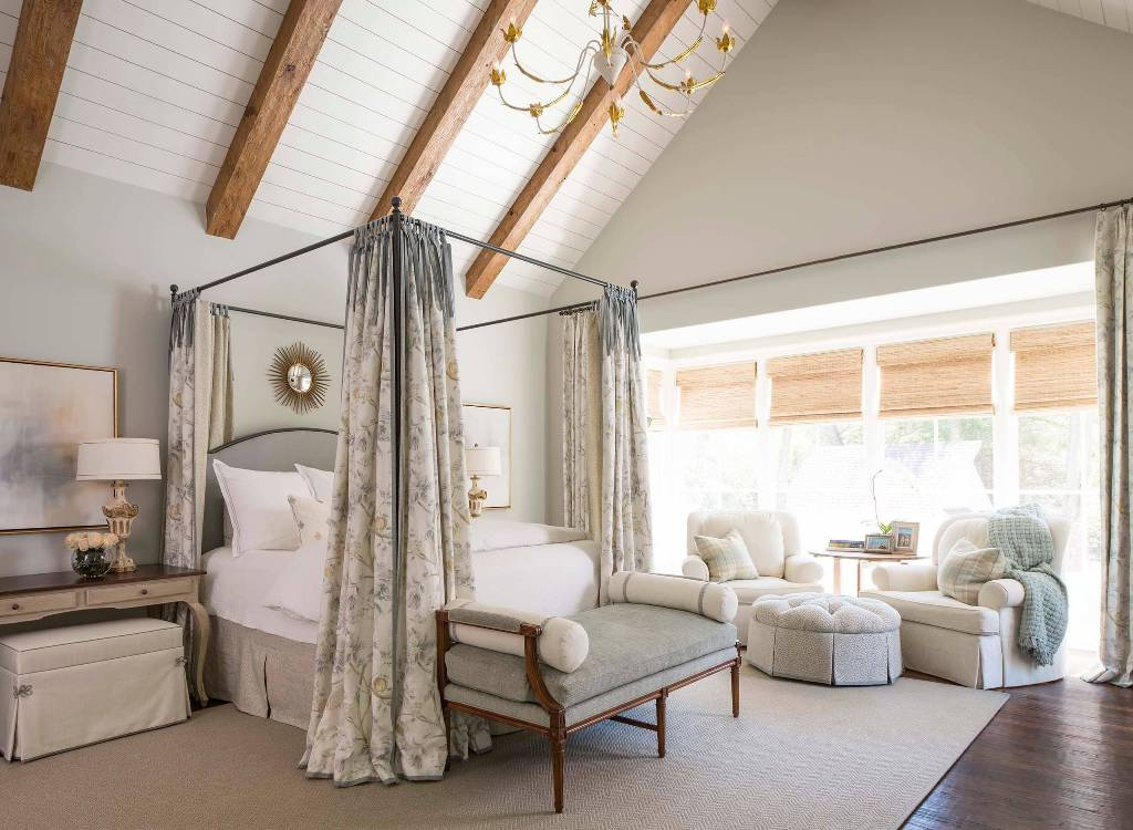 Ideas for decorating the master bedroom