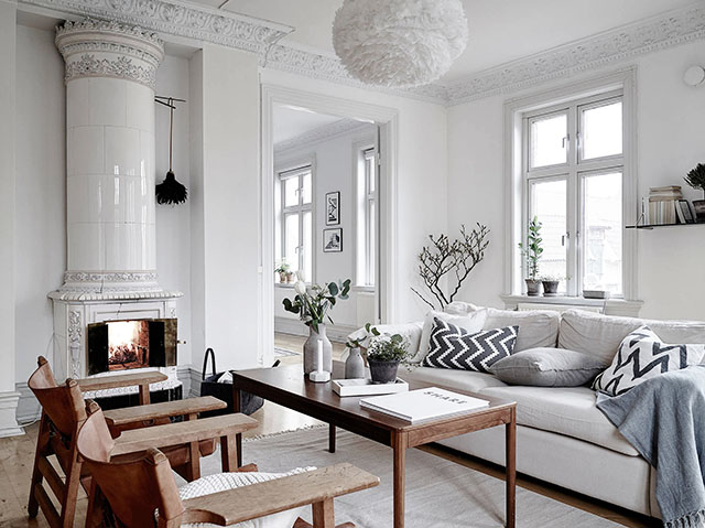 Old charming apartment in Scandinavian style living room