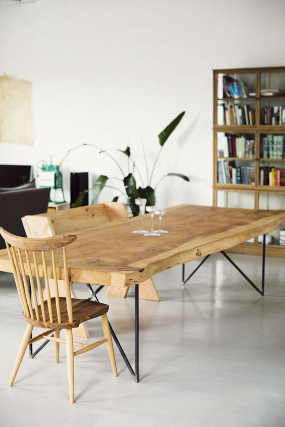 Recycled dining table and dining chair