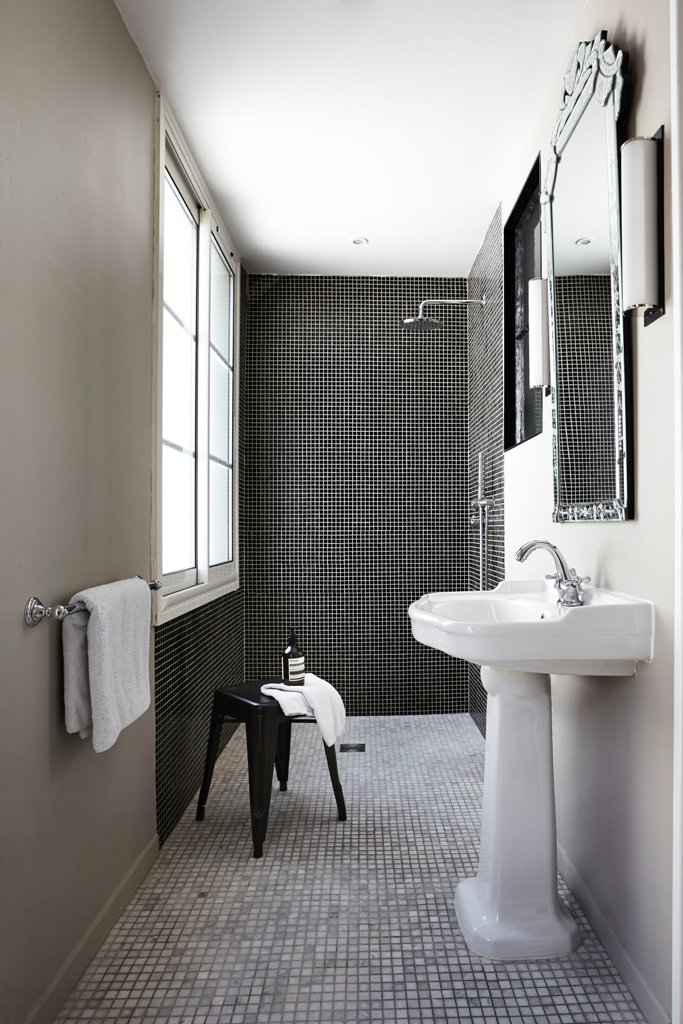 Small Space Dark Bathroom Design