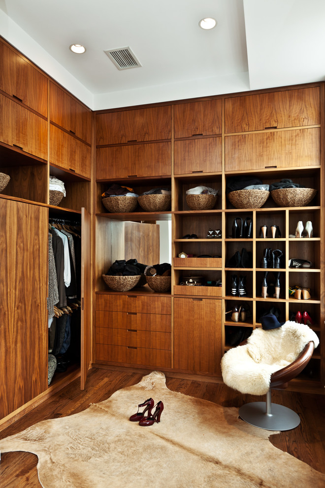 Ideas for wooden cabinet design