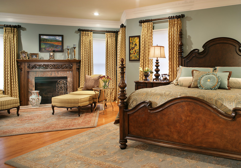 Traditional bedroom with luxury furniture in gray walls