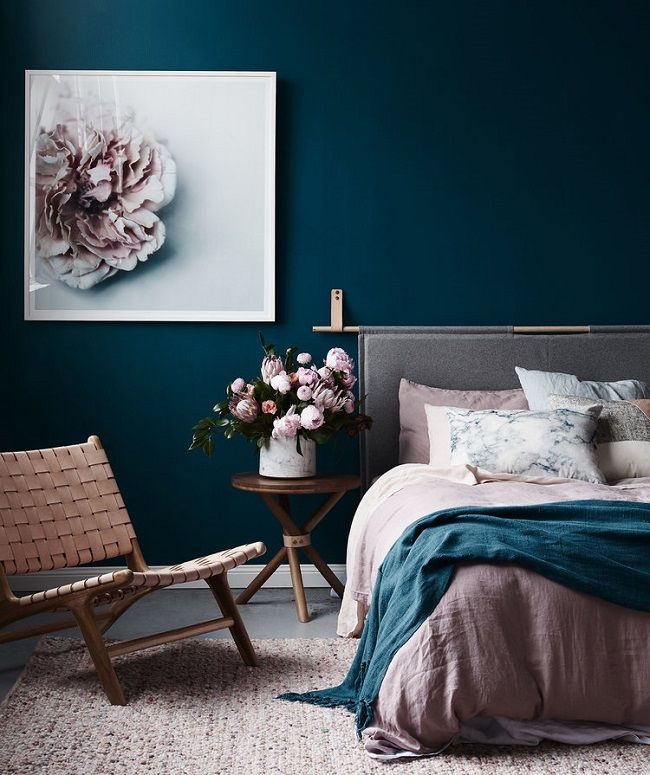 Bold color ideas for bedrooms