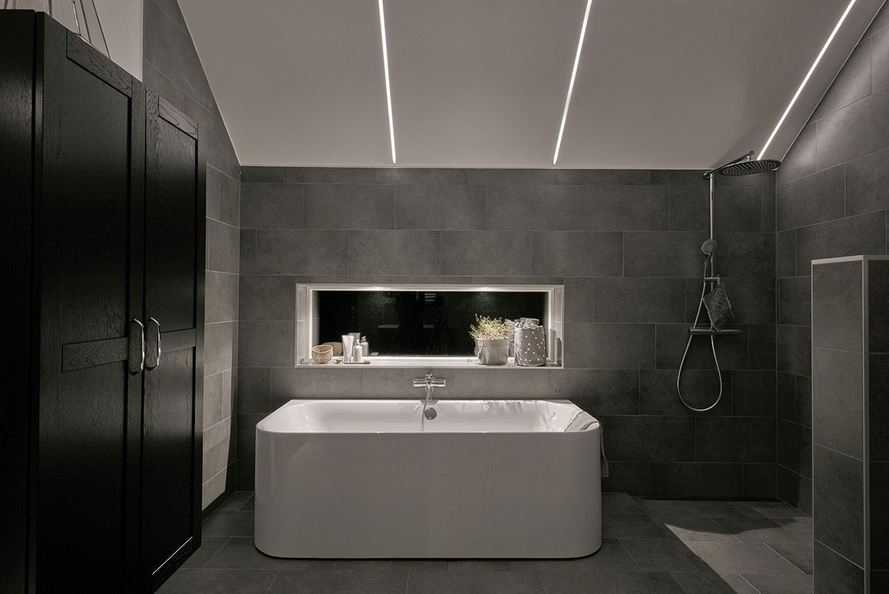 Smart bathroom lights 8