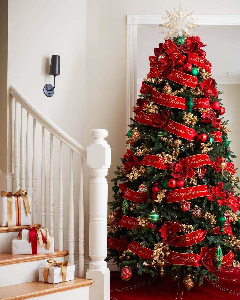 Red green Christmas tree decoration