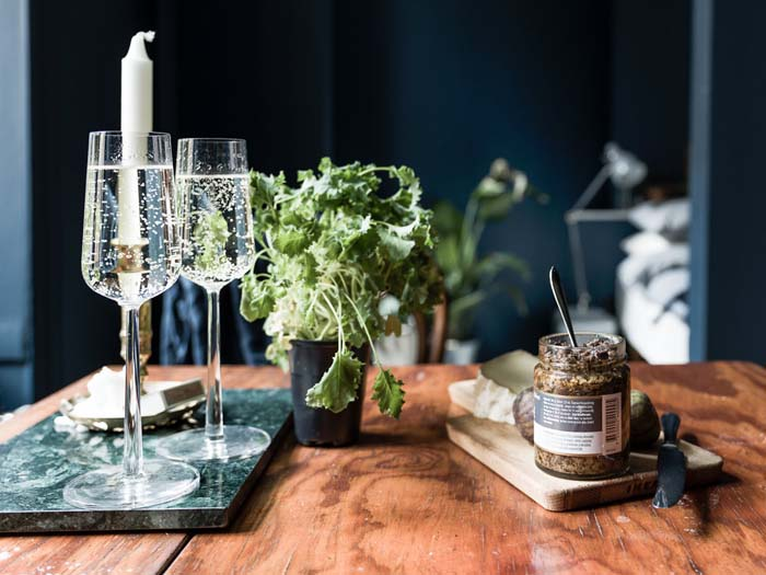 dining table decoration accessories