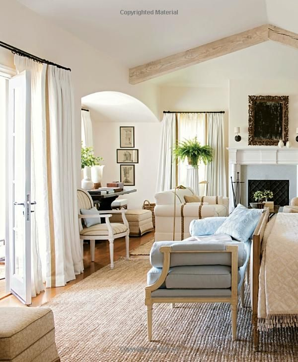 Beautiful: All-American Decorating and Timeless Style: Mark D .