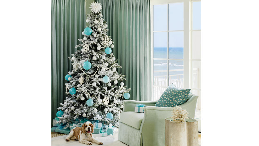 Easy Holiday Decorating Ideas | Coastal Livi