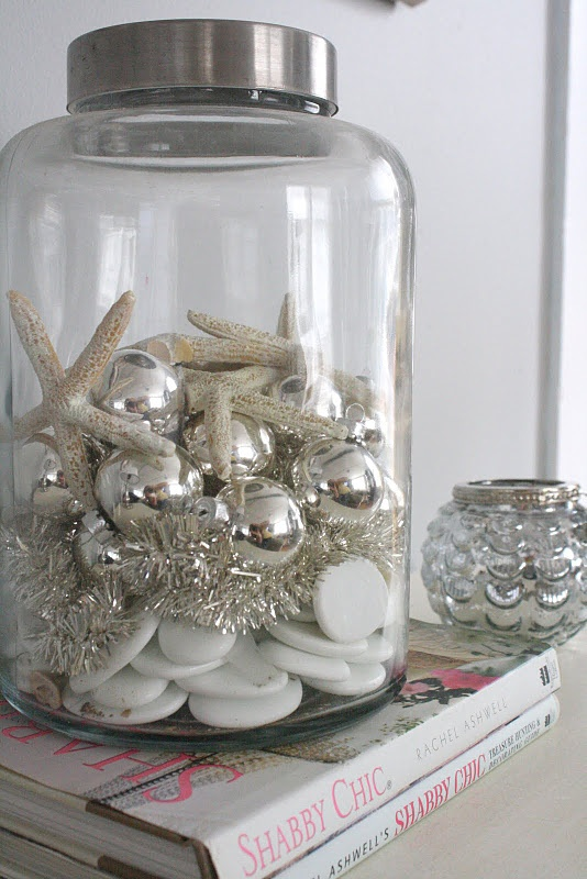 Beach House Style Ideas - Decorating for the Holidays | Cottage .