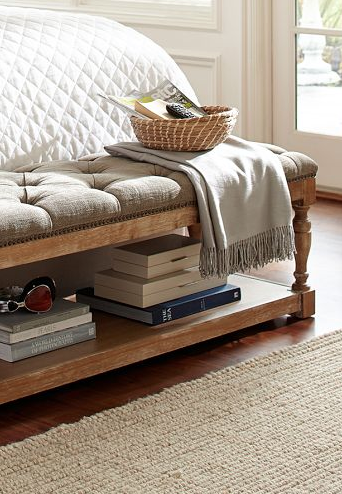 beautiful upholstered storage bench http://rstyle.me/n/qd39npdpe .