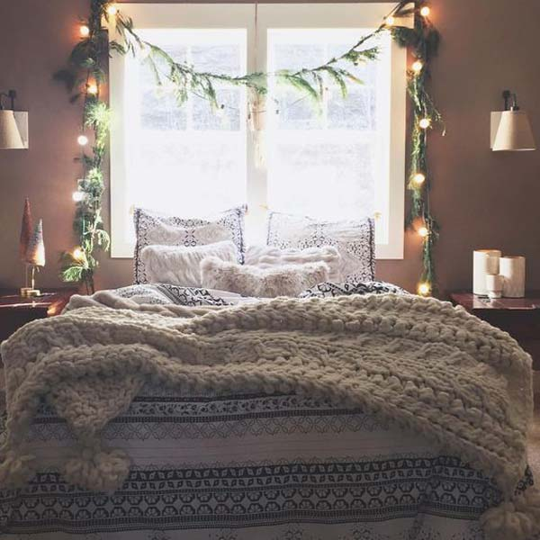 33 Best Christmas Decorating Ideas for Your Bedroom - Amazing DIY .