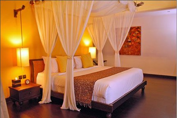 Traditional Romantic Bedroom Ideas For Couples Of 40 Cute .
