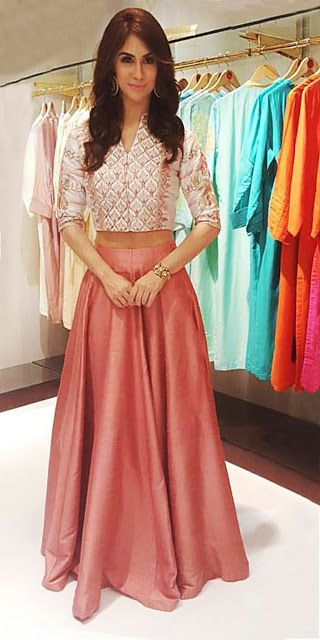 Z Fashion Trend: CROP TOP AND BLUSH COLOUR SKIRT FOR TEENAGE GIRLS .