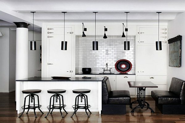 Beautiful Black & White Kitchen Design Ide