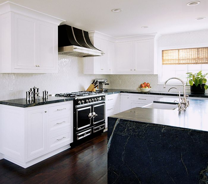 Traditional black and white kitchen design - Hupeho