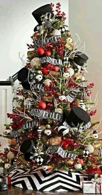 Black White Christmas Decoration Ideas