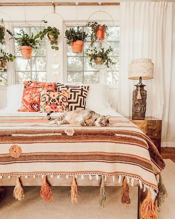 50 Comfy Boho Rustic Bedroom Design Ideas (With images) | Urban .