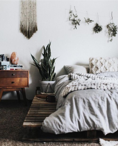 Converting simple rooms to modern bohemian bedroom styles | Room .