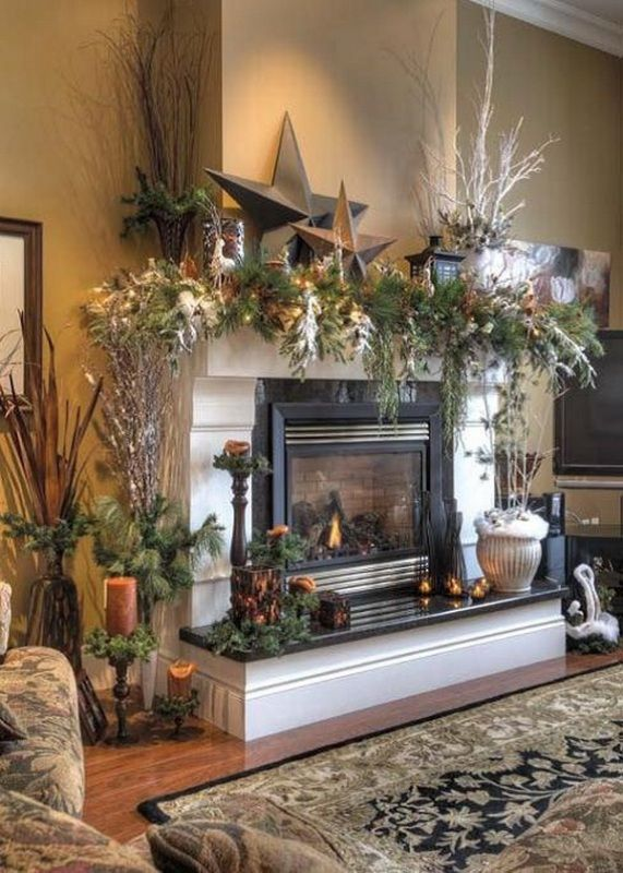 45 Classic Christmas Decorating Ideas | Christmas mantel .
