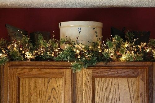 decorating above kitchen cabinets | ... CHRISTmas / Winter .