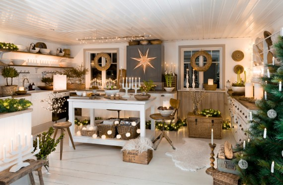 Stunning Christmas Kitchen Decor Ideas For The Holidays | family .