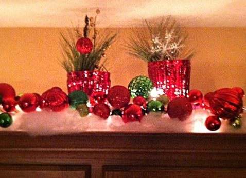 Christmas decor above cabinets | Indoor christmas decorations .