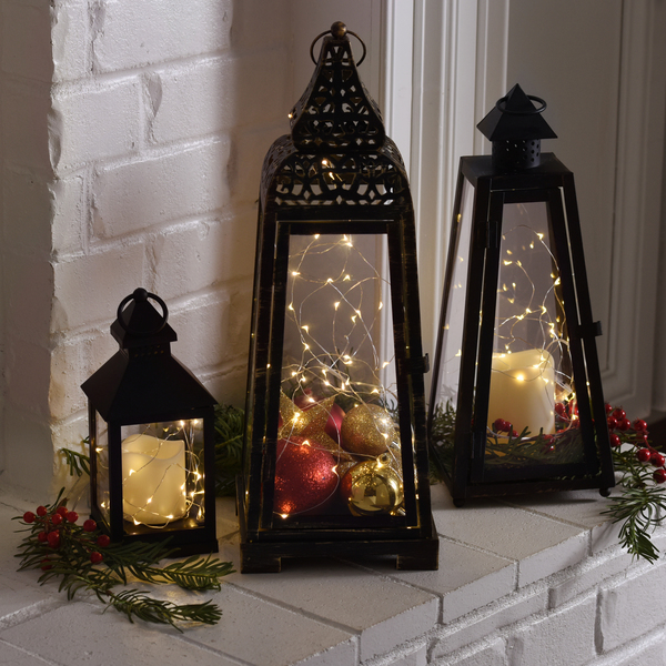 65 Amazing Christmas Lanterns For Indoors And Outdoors - DigsDi