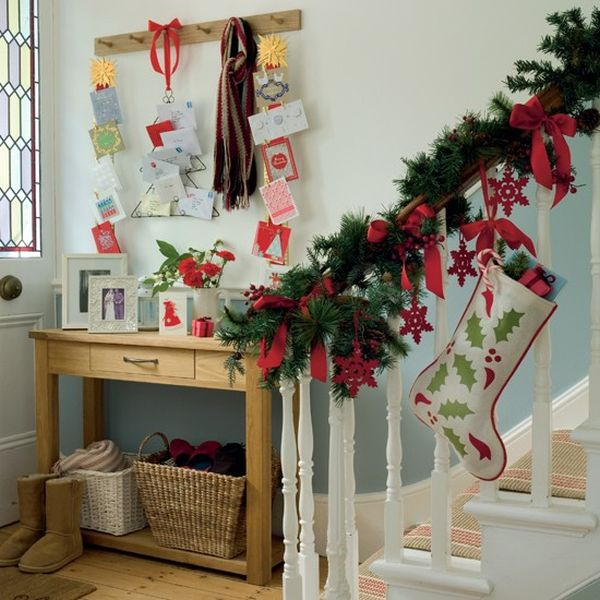 Decorate The Stairs For Christmas – 30 Beautiful Ide