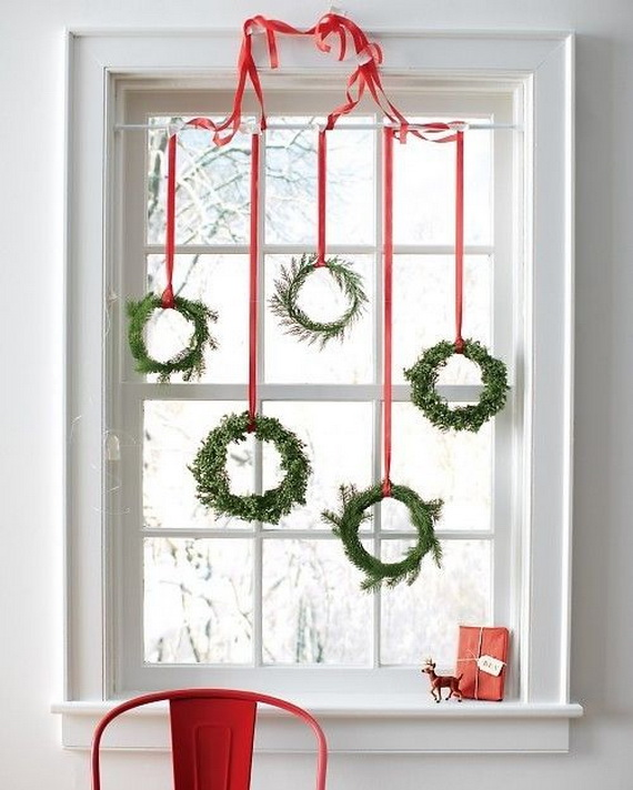 Elegant Christmas Window Décor Ideas | family holiday.net/guide to .