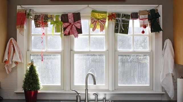 70 Awesome Christmas Window Décor Ide