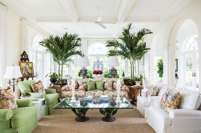 13 Strategies for Making a Large Room Feel Comfortab