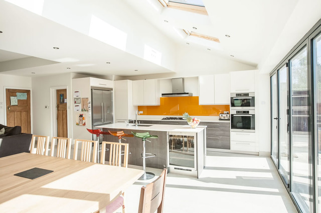 Single-storey Kitchen Extension in Twickenham by L&E (Lofts and .