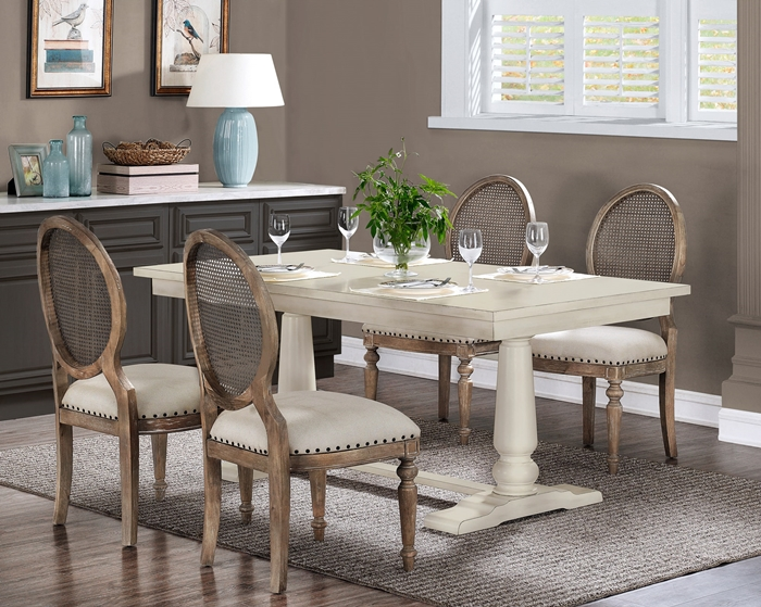 Farmhouse Dining Room Decor Ideas - Town & Country Livi