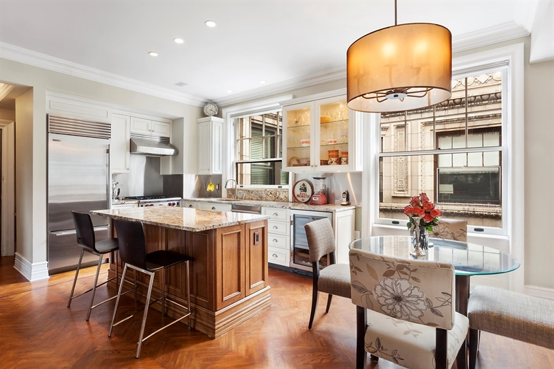 Riverside Drive, Upper West Side, NY 10025 | ID #3930828, For Sale .