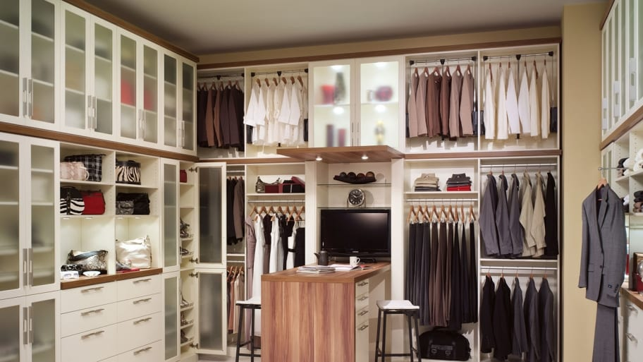 How Much Do Custom Closets Cost? | Angie's Li